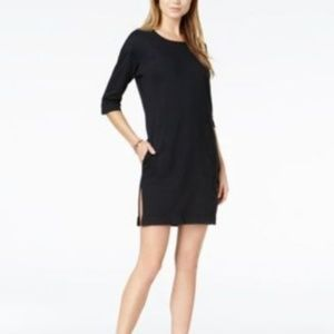 BOY MEETS GIRL. Cotton Embroidered-Logo Slit Dress
